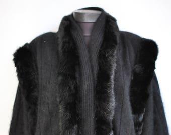 Vintage ANGORA and WOOL women's cardigan ..............(061)