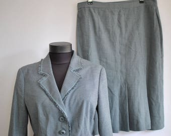 Vintage MOSCHINO WOMEN'S two piece suit ............(410)