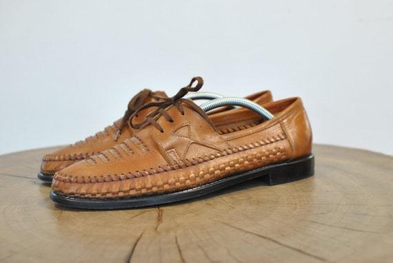 Vintage Men's leather shoes , elegant tropical loo