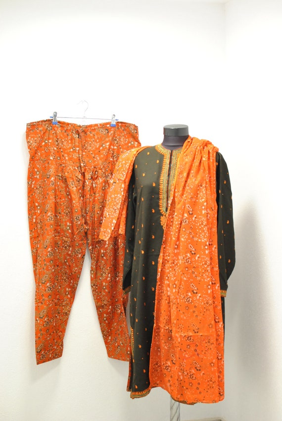 Vintage INDIA traditional  women's summer suit ..… - image 3