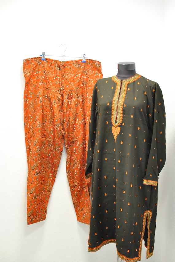Vintage INDIA traditional  women's summer suit ..… - image 2