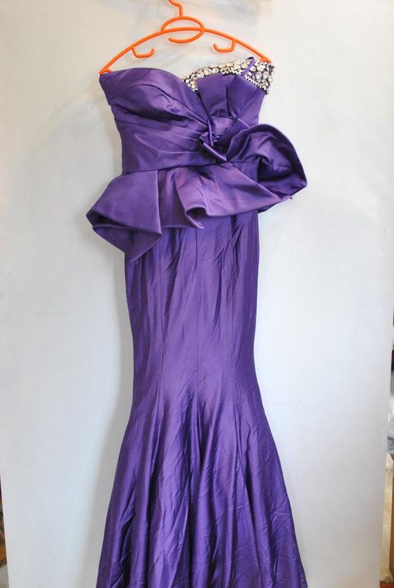 Vintage ELEGANT EVENING WOMEN'S dress............