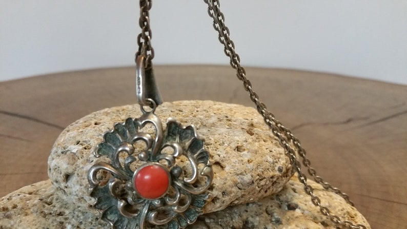 women/'s silver chain ............... Vintage 835 SILVER NECKLACE