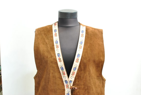 Vintage WOMEN'S LEATHER VEST ,  charming folk vest