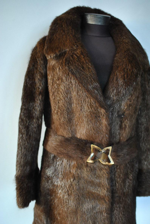 007 Vintage BROWN fur coat ...