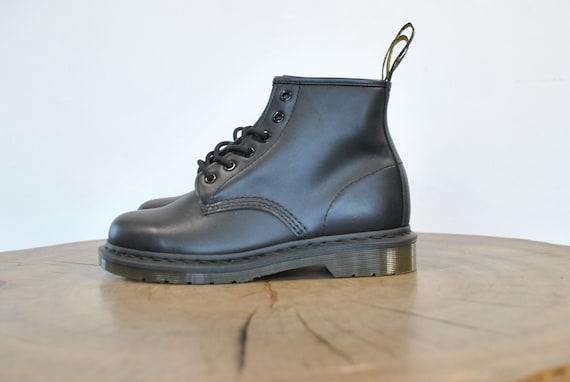 Vintage Dr Martens leather boots , ankle  boots ,