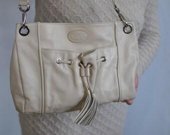 Vintage BRIC'S leather shoulder bag .............(518)
