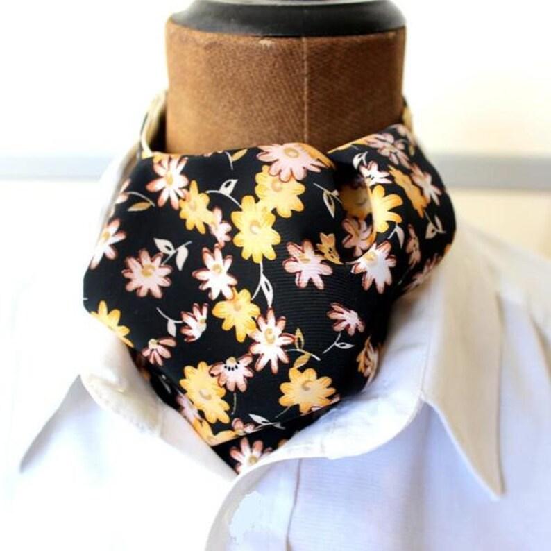 ascot,mens ascot,scarf,black-yellow,flowers