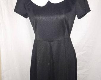 425676df1 Sunny Girl Black dress with Peter Pan collar