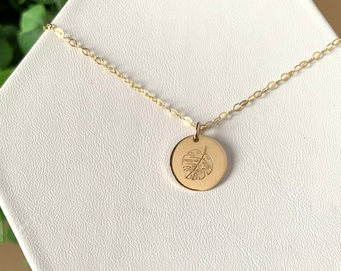 Monstera Deliciosa Necklace, Plant Lady Necklace, Variegated Monstera Necklace, Plant Leaf Gold Disc Necklace Minimalist Gold Coin Necklace