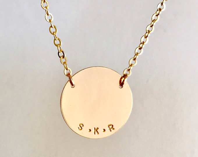 The  BESS Disc Necklace in Gold