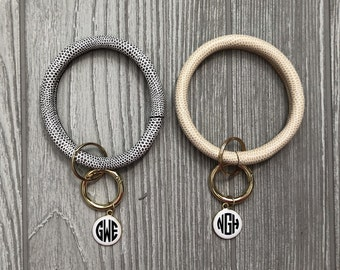 Keychain Bracelet, Bracelet Keychain, Bangle Keychain, Bracelet Key Ring, Keychain Bangle, Monogrammed Keychain, Keyring Bracelet