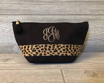 2f6ca57aabde Monogrammed MakeUp Bag Make Up Bag Cosmetic Bag - Leopard Cosmetic Bag-Bridesmaid  Gift -Toiletry Bag-Gifts for Her-Personalized Animal Print