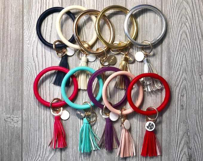 Key Ring Bracelet - Keychain Bangle - Keychain Bracelet - Bracelet Key Ring - Bracelet Keychain - Monogrammed Keychain- Keyring Bangle