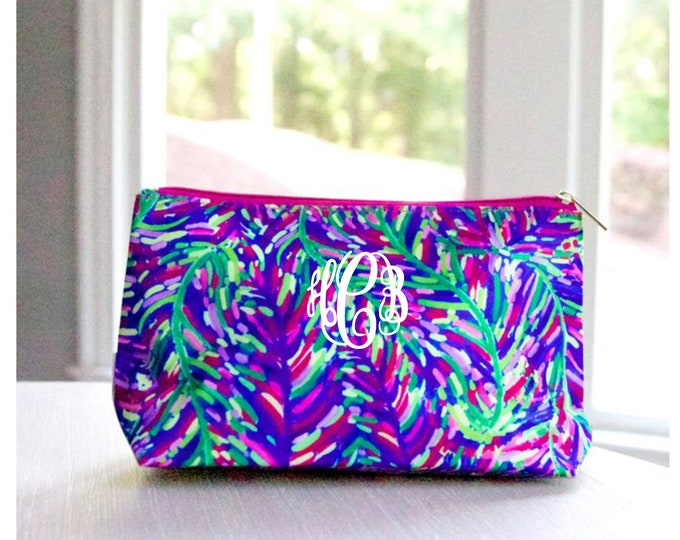 Monogram Cosmetic Bag, Zipper Pouch, Monogrammed Makeup Bag, Personalized Cosmetic Bag, Bridesmaid Gift, Toiletry Case, Travel Bag