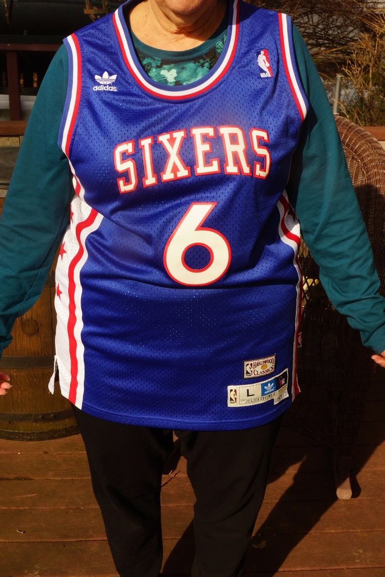 new styles 105d2 a40fb Vintage Julius Erving Hall of Fame Sixers NBA Jersey