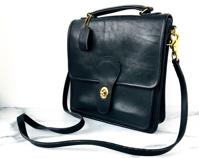 Vintage Coach Station Bag - Classic Black Leather Purse Made in America - Style 5130