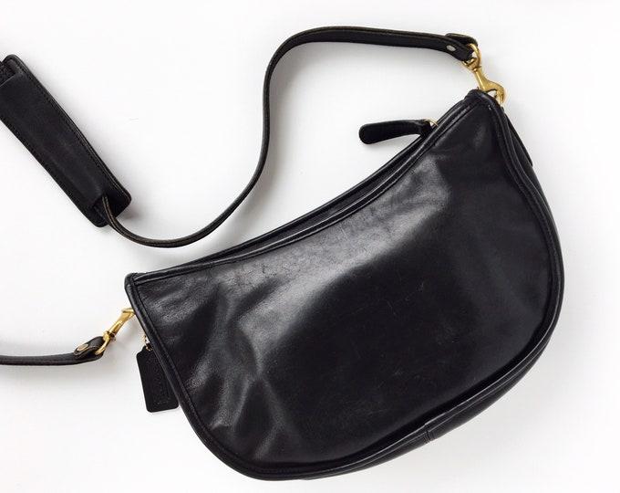 Vintage Coach Swinger Purse - Black Hobo Bag - Made in America Style 4040