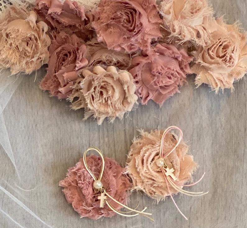 Shabby chic fabric flower martyriko