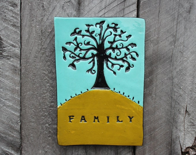 Featured listing image: Family tree tile