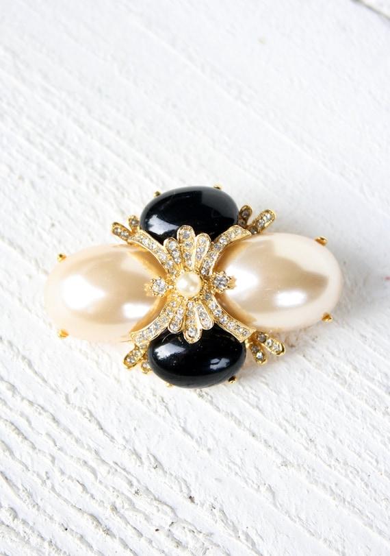 Vintage Baroque Style Joan Rivers Faux Pearl Brooc