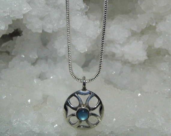 Circle Aquamarine Necklace, Aquamarine and Silver Pendant, Sterling Silver Necklace, Gemstone Jewellery