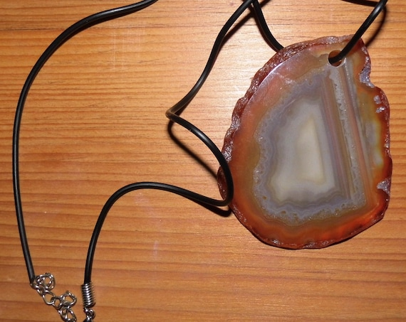 "Natural Agate Slice Pendant on Black 23"" Necklace"