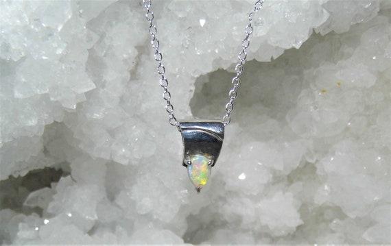 Fire Opal Pendant Necklace,  Oval Opal Pendant, 925 Sterling Silver Necklace,  Opal Pendant Necklace