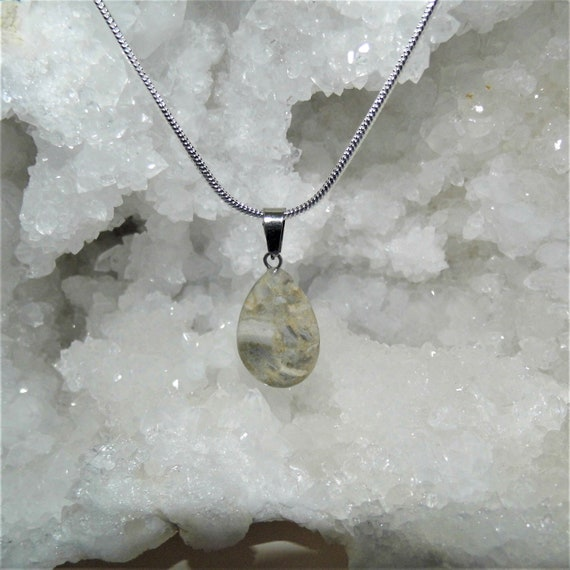 Natural Moonstone Pendant,  Sterling Silver Necklace, Gemstone Necklace,  Natural Moonstone Gemstone, Crystals for Healing