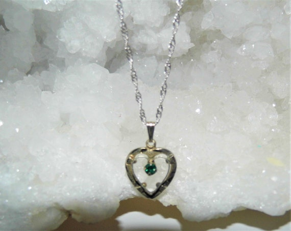 Emerald Heart Necklace,  Emerald Heart Pendant,  Emerald Jewellery, Singapore Sterling Silver Necklace