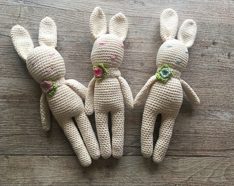 Toys Easter bunnies in organic cotton
