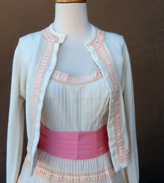 Very Sweet Vintage 1950s White and Pink Dress and