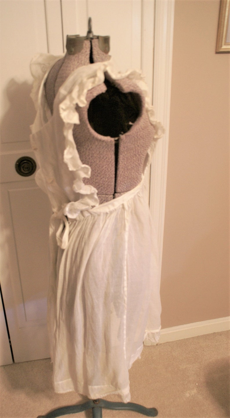 Vintage White Apron French Main Style Cooking Apron