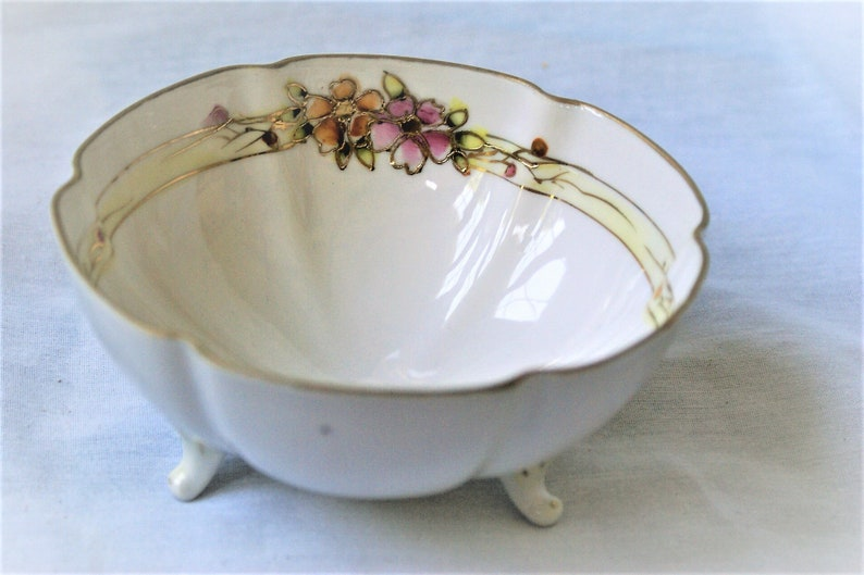 SALE Prussia Hand Painted Dresser Box Vintage Nippon Bowl  /& E.S