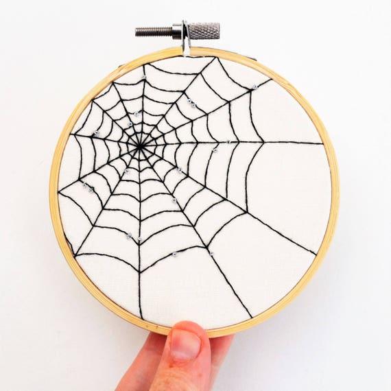 SALE 6 pc Antique Vtg Look Cobweb Spiderweb Spider lot pendant//charm Halloween