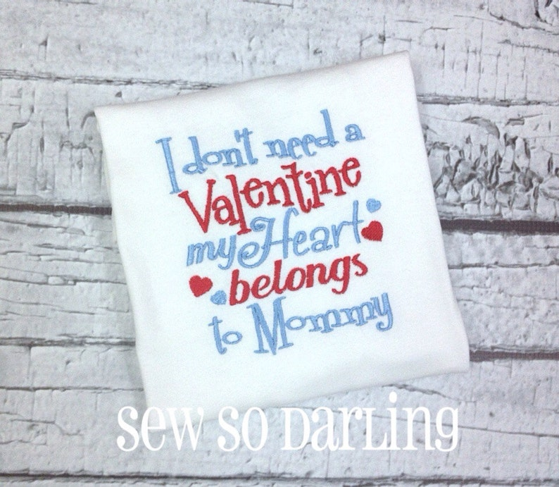 My heart belongs to mommy Mommy Valentine Bodysuit Valentine/'s Baby Boy Outfit Boy Valentine Shirt