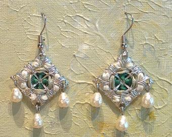 Handmade Diamond-shaped Ribbon and Filigree Earrings with Glass Beads