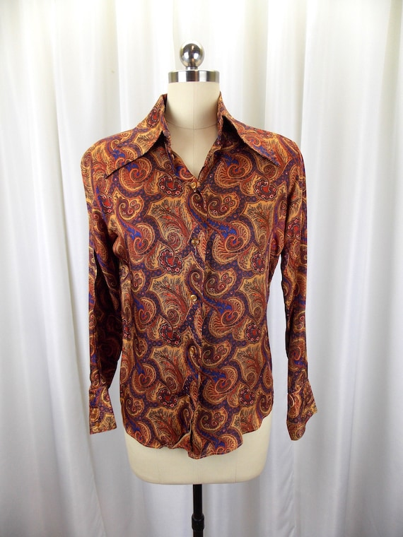 1970's Womens Paisley Print Blouse Statement Colla