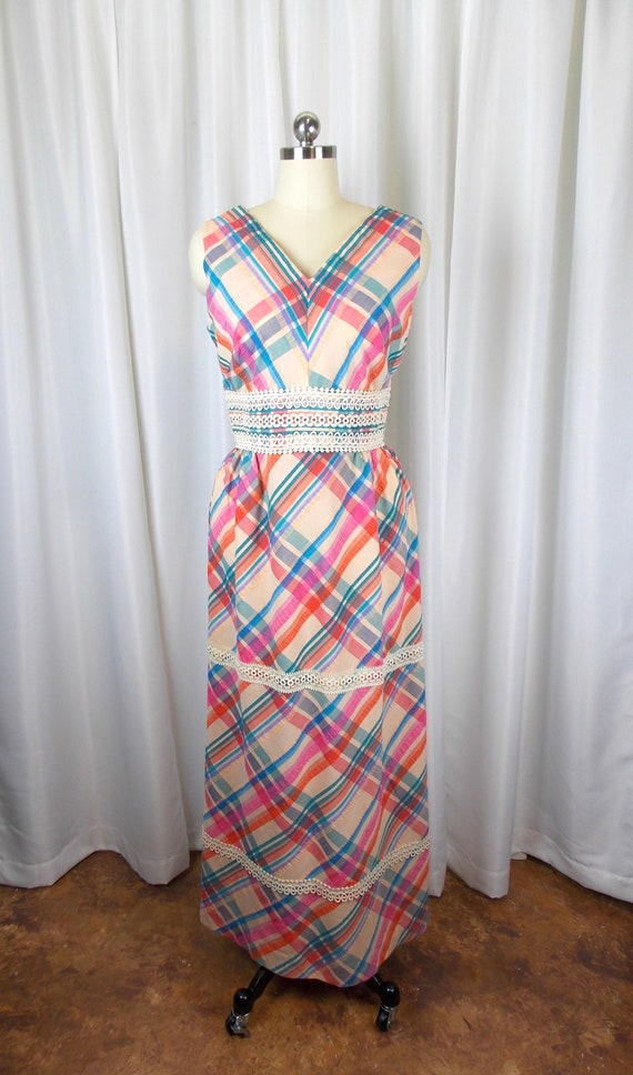 1970's Plaid Seersucker Maxi Dress Sleeveless