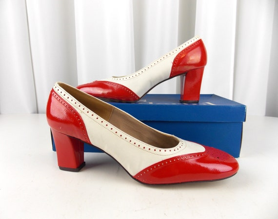NOS Red and White Spectator Pumps 8 B