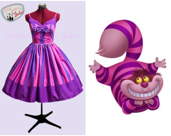 Cheshire Cat Sweetheart Neckline Bound dress