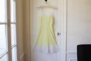 Vintage night dress 60 s pale yellow white lace pin up babydoll pastel french vintage lingerie light yellow lemonade 60s babydoll - S  M