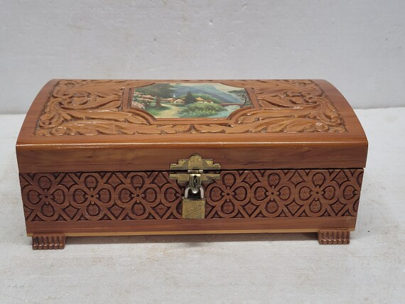 Vintage Turned Wood Trinket Box Souvenir of Paris Honeycomb Lid Carved