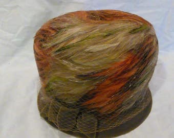 50s feather cloche womans hat in Original Sears box - Never Worn - felted wool - felt brim and bow