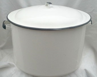 Vintage White w/ Black Enamel Pot with Lid