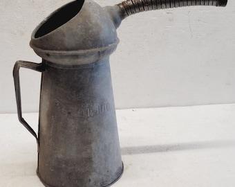 Old Vintage 20 L Oil Filler Can