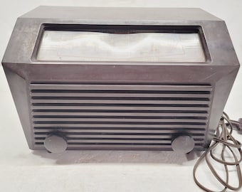 Vintage RCA Victor AM Radio - 1949 - Works!