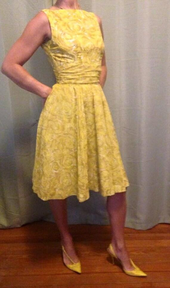 Mid Century Jonathan Logan Semi Formal Organza Dress Sleeveless Circle Skirt Lemon Yellow Rose Pattern USA Women's Size Small 24