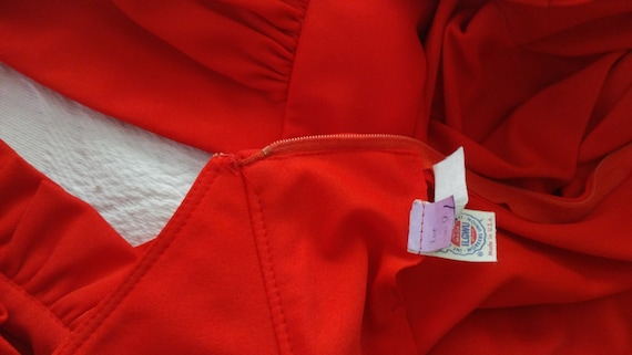 Vintage Red Formal Dress with Cut Out Back and rh… - image 10