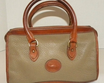 1980s 80s Dooney and Bourke purse / AWL / All Weather Leather / SPEEDY Bag / top handle / 2 tone / taupe / brown Doctors Bag